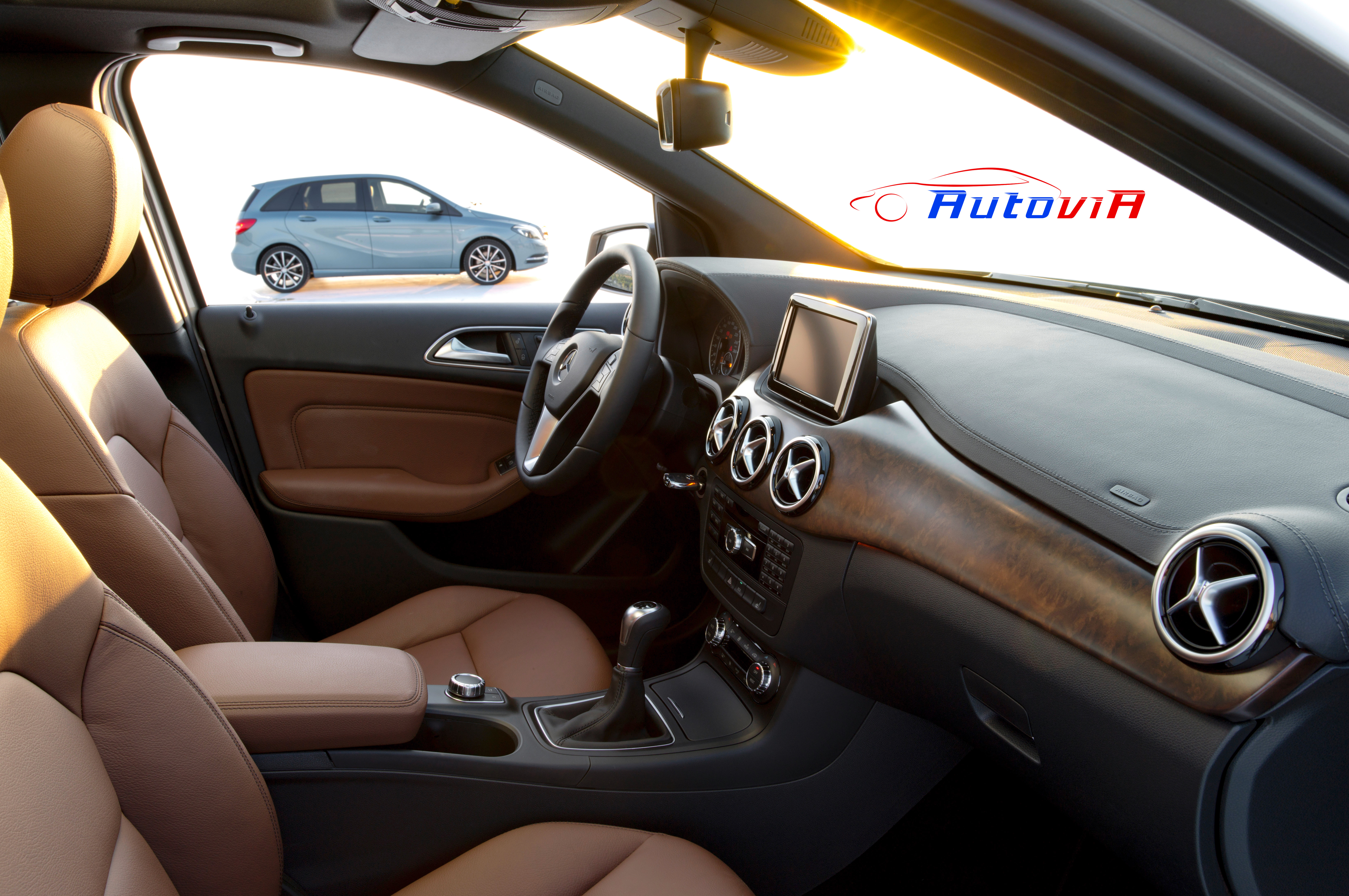 Mercedes benz clase b interior 08 for Interior mercedes clase a