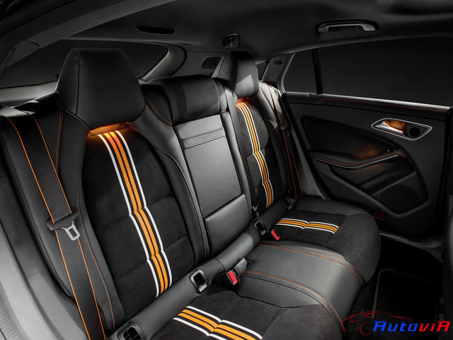 Mercedes-Benz CLA 250 4MATIC Shooting Brake 2014 OrangeArt 06