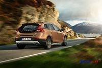 Volvo V40 Cross Country 2013 024