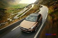 Volvo V40 Cross Country 2013 025